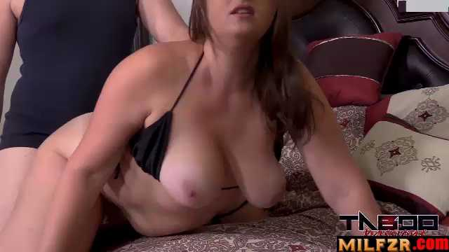 BBW MILF In Mom's Sexy Belly