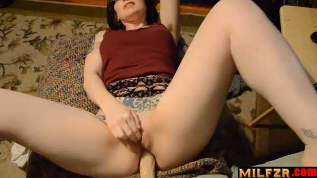Bettie Bondage – Anal With Mom