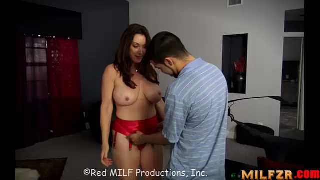 Red milf production tube