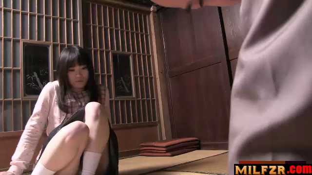 Mai Shimizu Had A Sexual Experience With Her Nasty Father