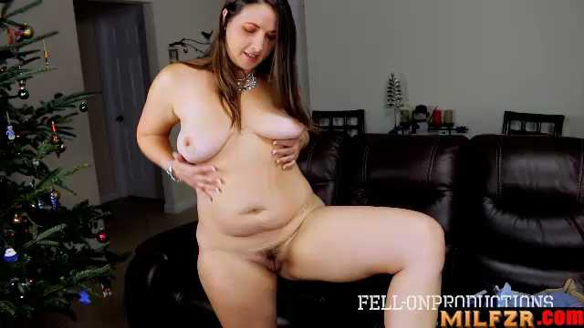 Madisin Lee – Aunt Is A Fat Ass MILF