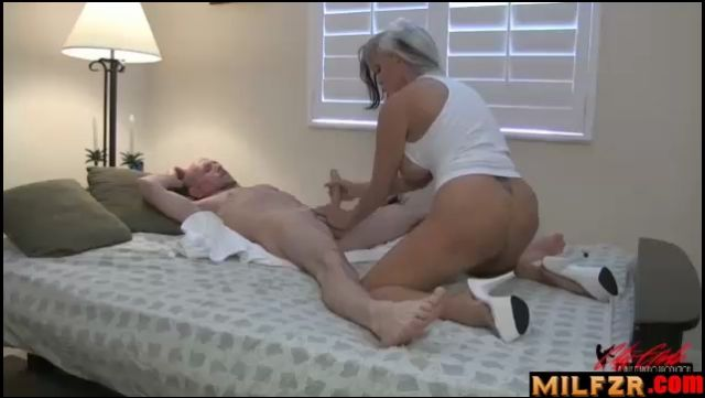 Sally D'Angelo Fucking Mommy 2