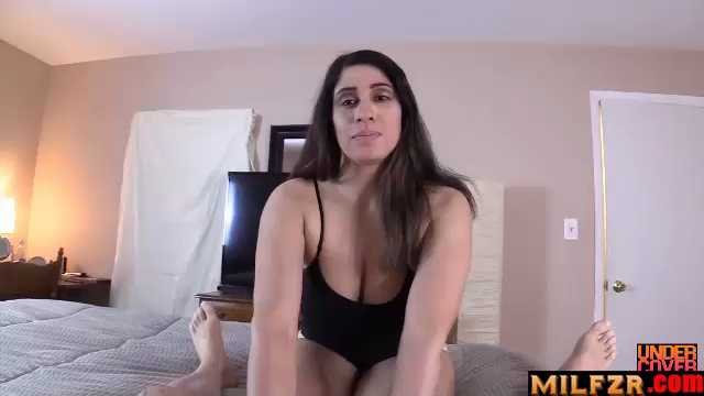 Nicole Paris – Helping Single Mom Get Ready For Date
