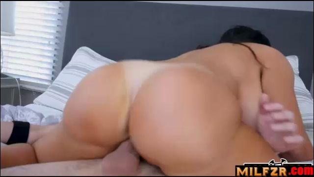 Sybil Stallone Angry Milf Fucking Her Son