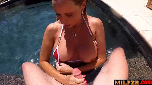 Mom's Pool Side Jerkjob
