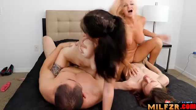 Dani Dare And Lenna Lux In Family Lust