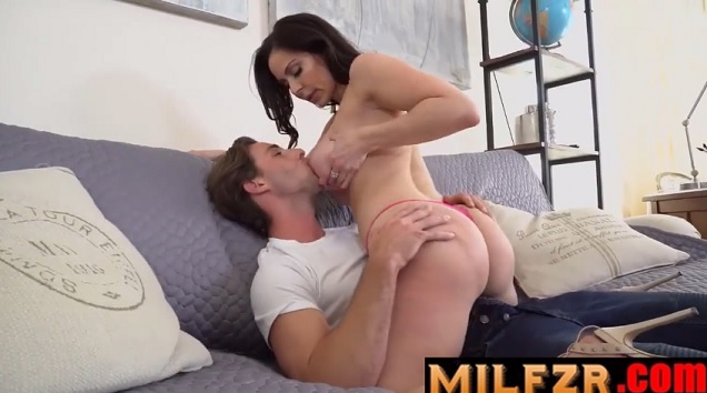 Kendra Lust Gives up Her Pussy For Video Game Loving Son