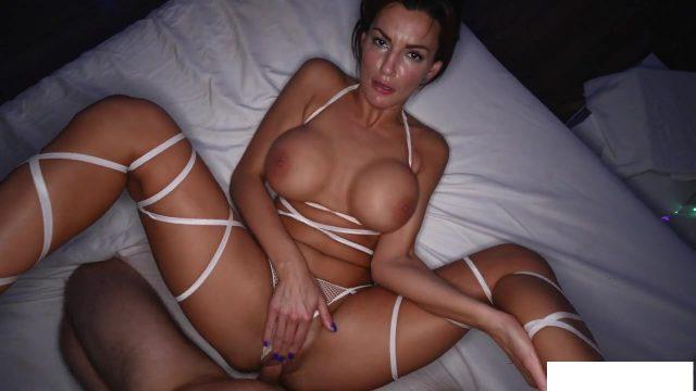 Big booty Milf Becky Bandini POV porn with Big cock