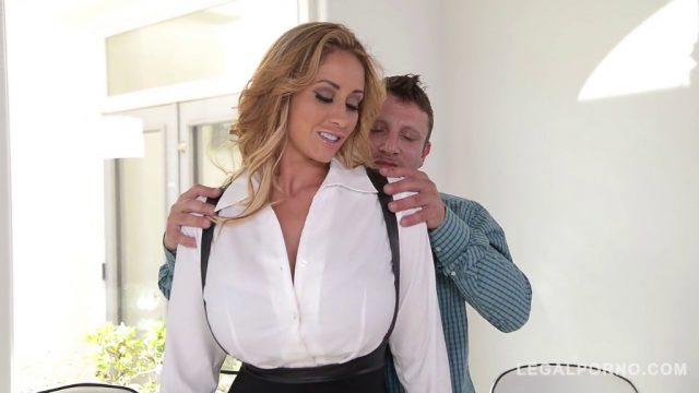 Milf Eva Notty sucks, fucks & takes cum shot all over big tits