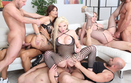 Syren De Mer, Dee Williams & Barbie Sins – Milf Orgy Porn
