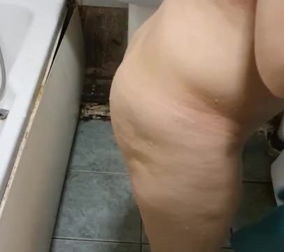 Step mom in bathroom strong erection with step son fuck