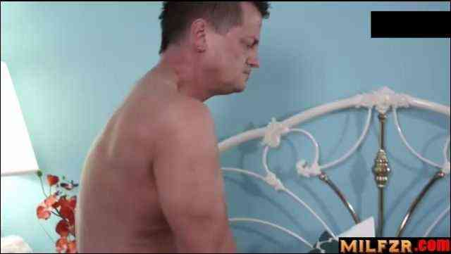 Stepfather Figure Scene 01