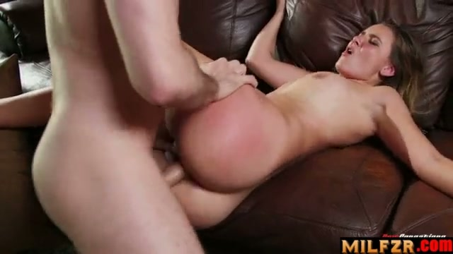 Sex with my younger sister 02 part 2
