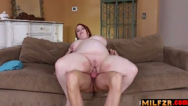 BBW daughter strip and fucked daddy
