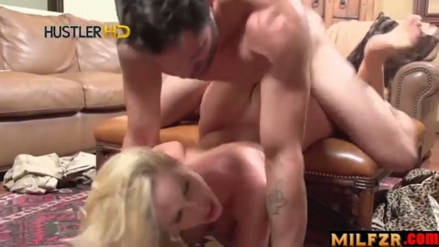 Stepmom sucked my balls part 02